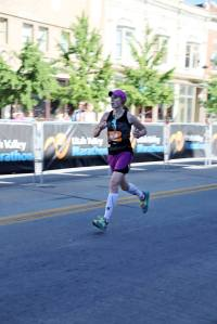 Krista Miner Sidwell Utah Valley Marathon run for the finish.